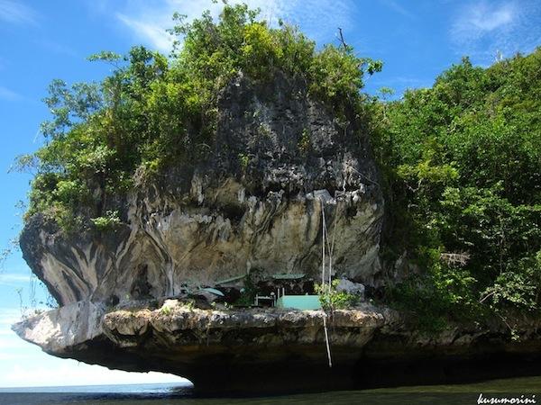 Kuburan Putri Laut