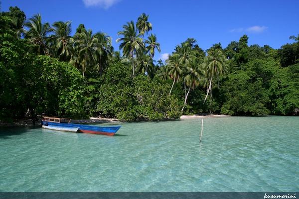 Waigeo Beach calling for a swim